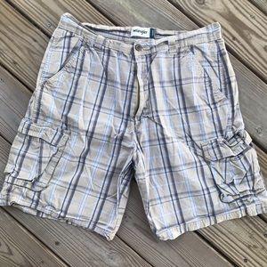 Men's wrangler khaki plaid cargo shorts size 36